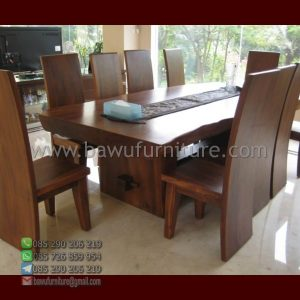 Meja Makan Kayu Meh