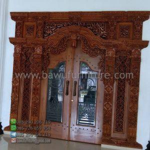 Pintu Masjid Gebyok