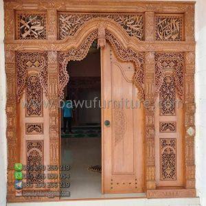 Pintu Masjid Gebyok Jati
