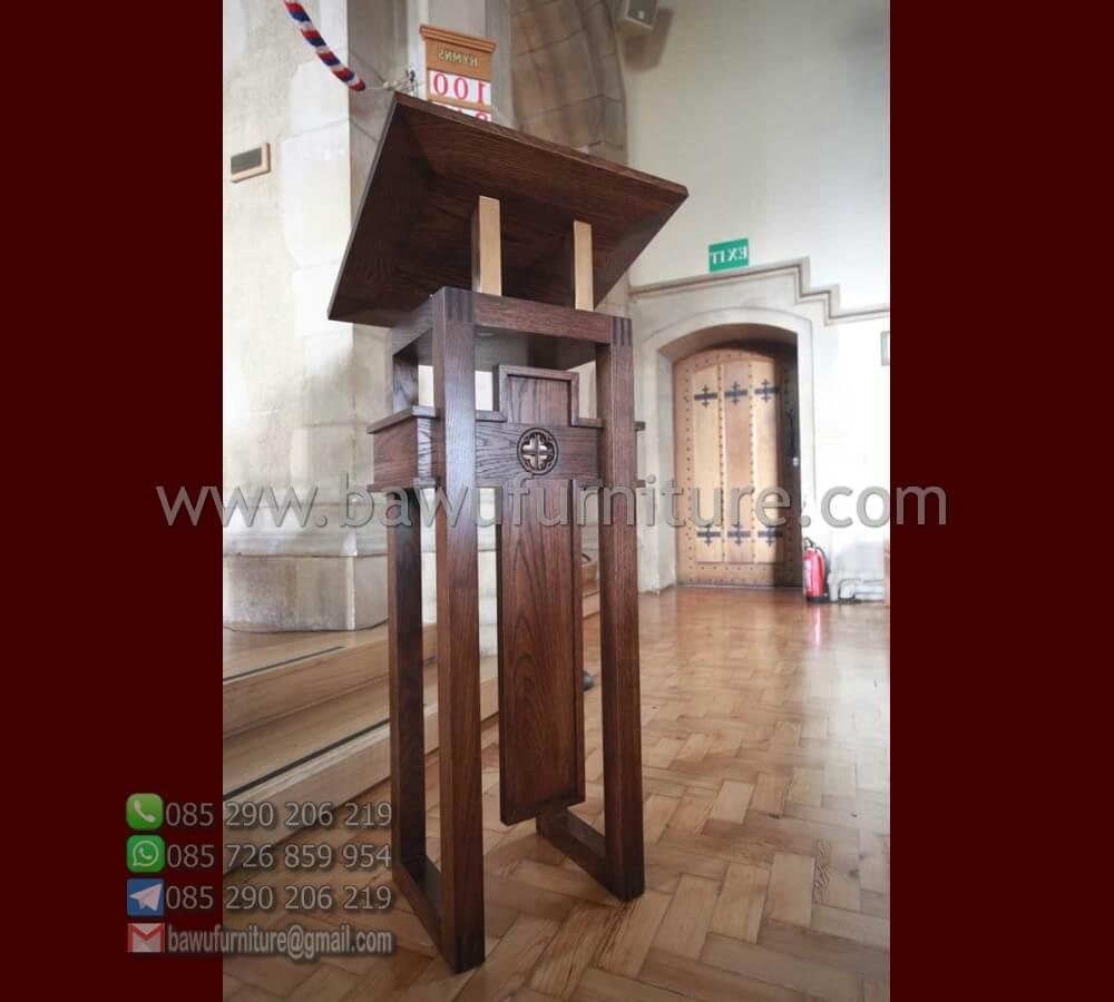 Mimbar Gereja Klasik