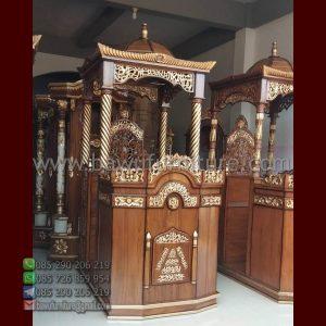 Mimbar Masjid Kubah Jati
