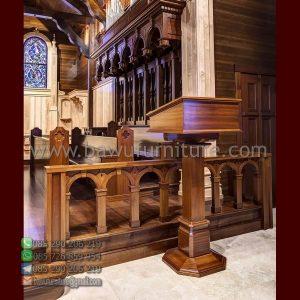Podium Gereja Jati Klasik