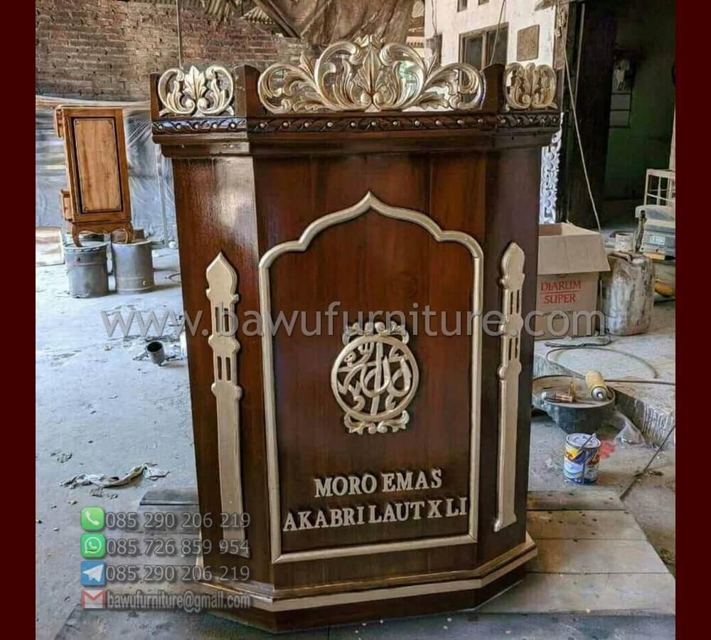 Mimbar Masjid Moro Emas
