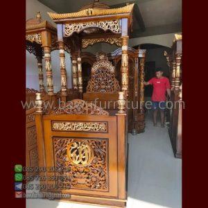 Mimbar Masjid Bangkalan